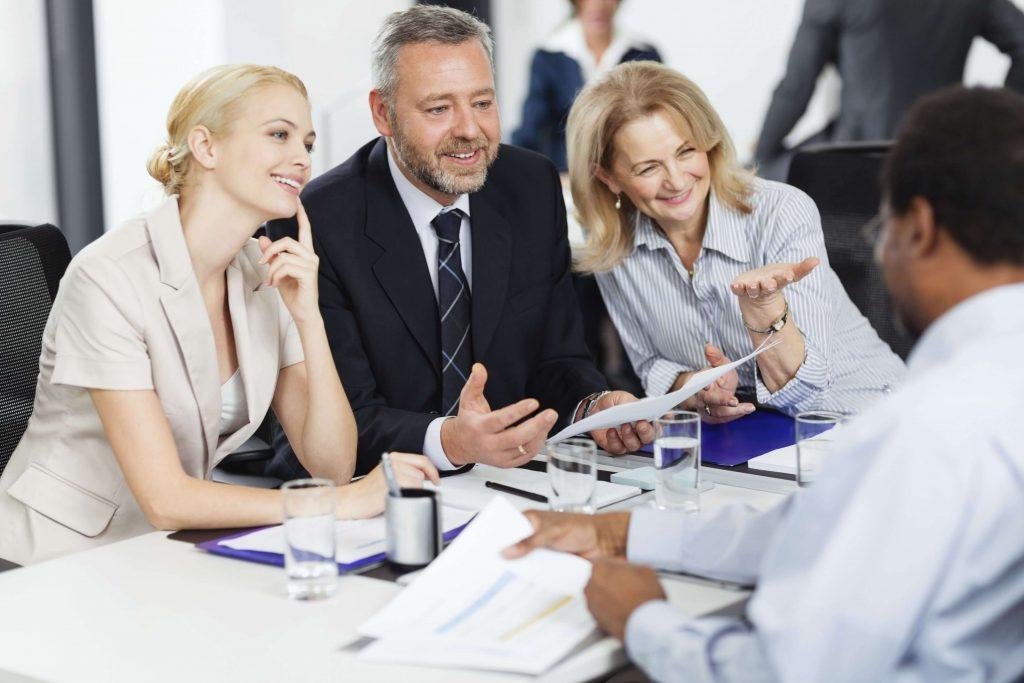 VÒNG 4: GROUP DISCUSSION & FINAL INTERVIEW