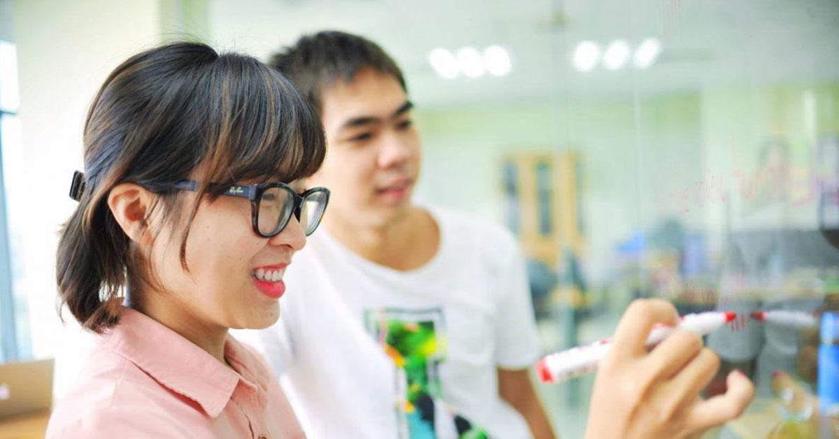 Học viên khóa học tiếng Anh giao tiếp