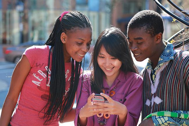 Cuộc đột phá vào công nghệ và giáo dục