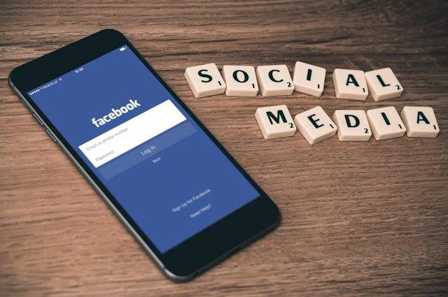 Rủi ro từ mạng xã hội